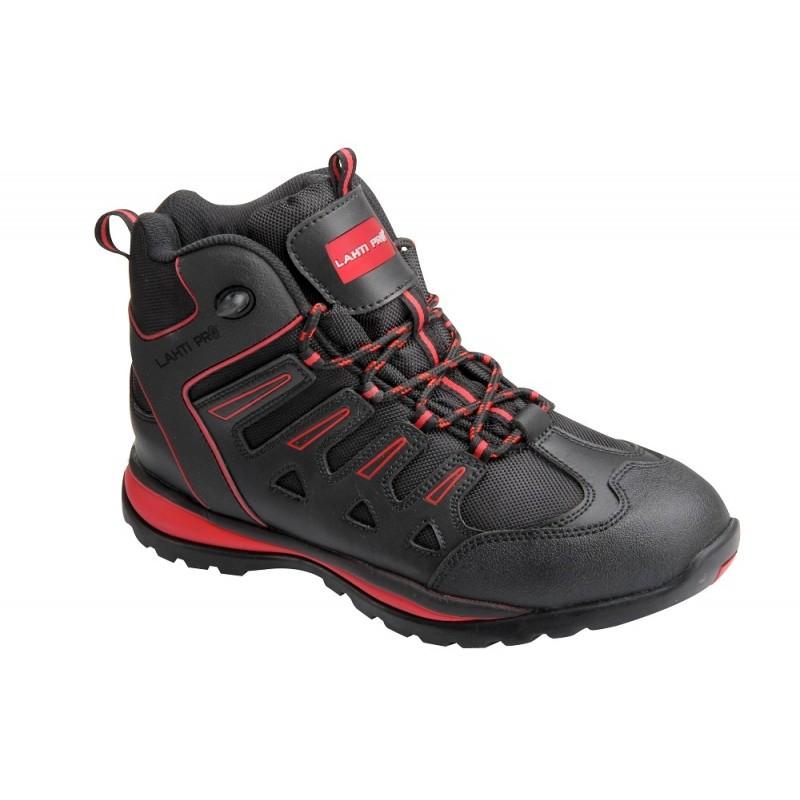 088832e910278 Podeszwa obuwia gumowa o najnowocześniejszej linii wzorniczej głęboki  protektor zapewnia doskonałą stabilność obuwia - Trzewiki robocze posiadają  certyfikat ...